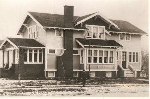 House in 1921 (2)